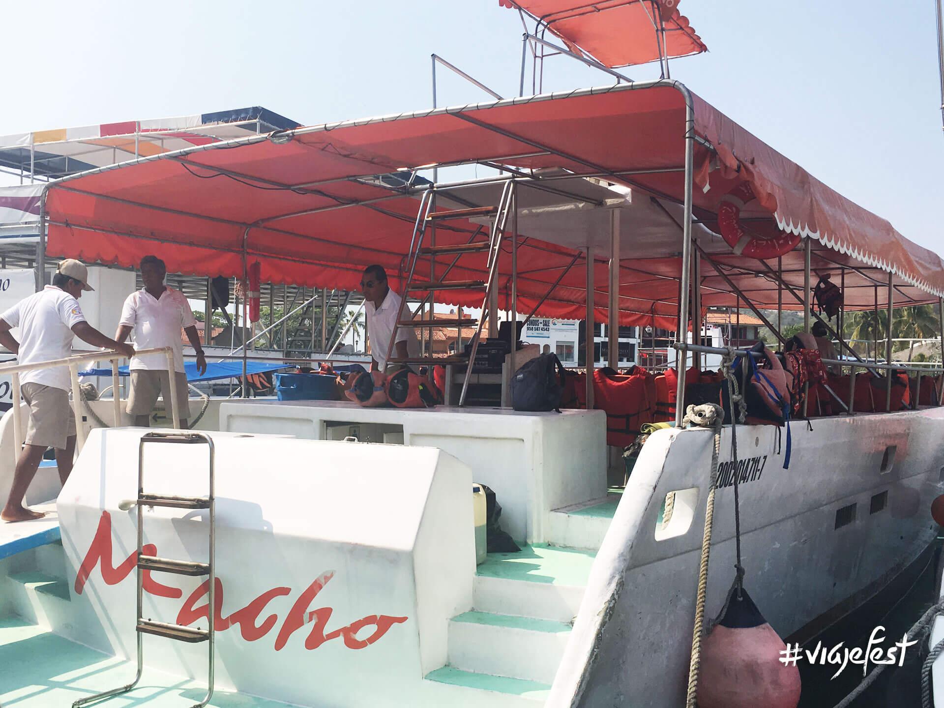 Embarcación Macho de Huatulco
