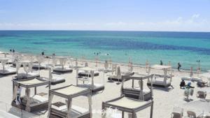 Playa Mamitas