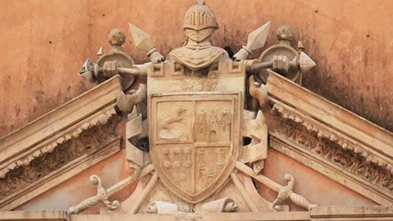 Escudo de armas de los Montejo, Mérida